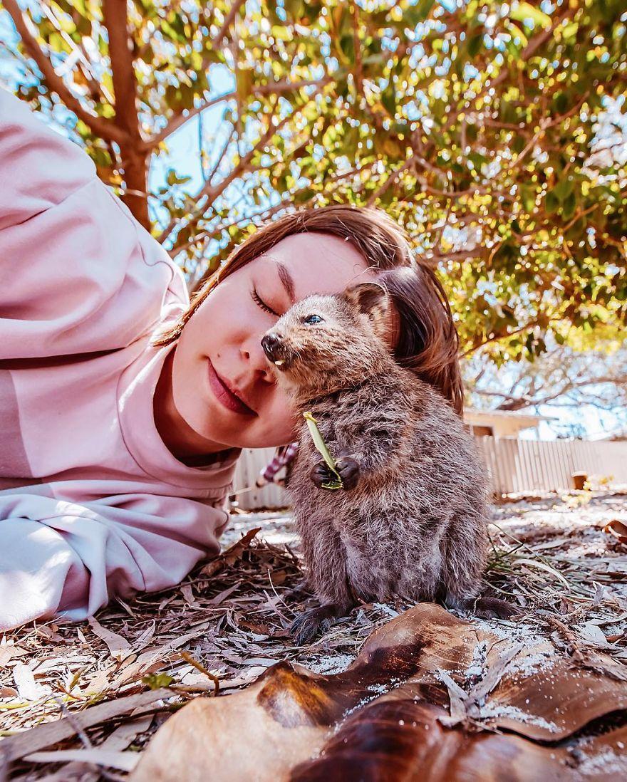 Wanita ini terbang 25 jam ke Australia hanya untuk bertemu hewan ini