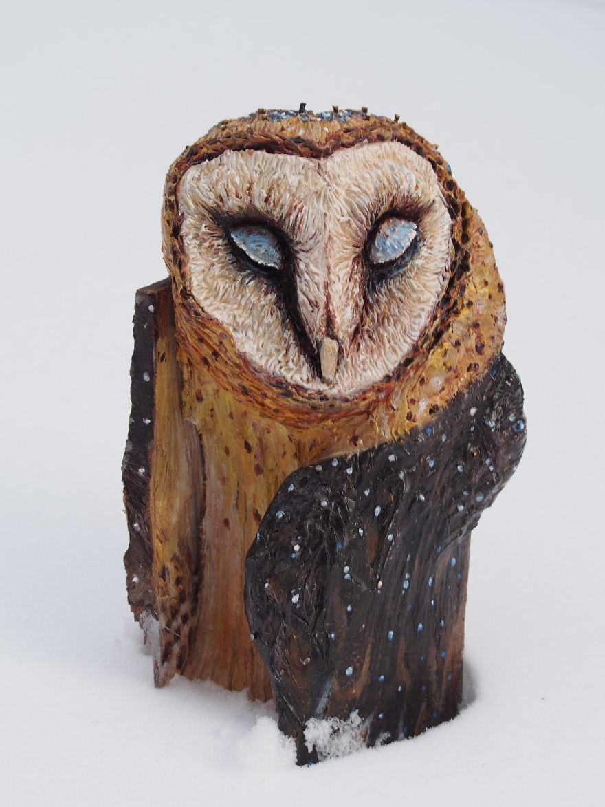 I Use Wood And Clay To Create Realistic Owl Sculptures