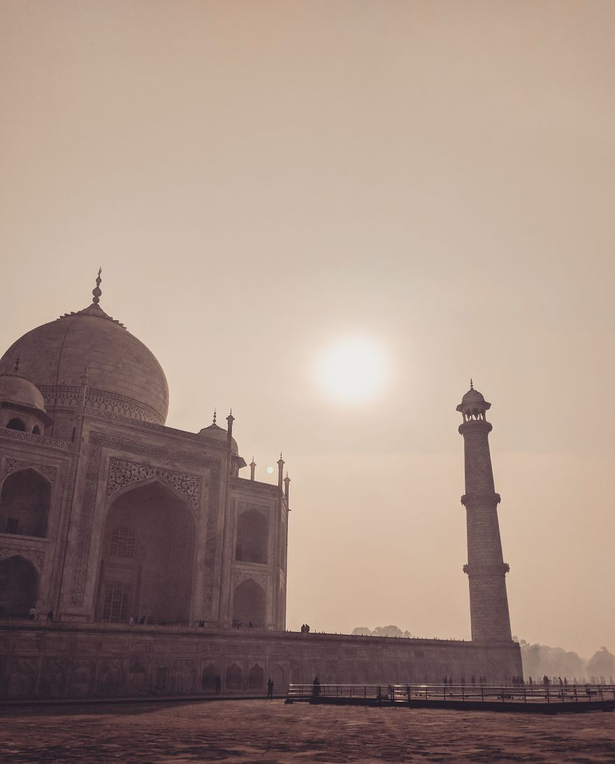 I Traveled To India And Only Used My Smartphone To Take These 40