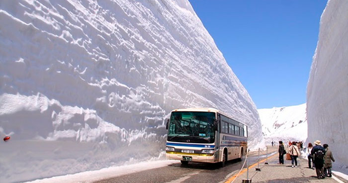 Welcome To The 'Roof Of Japan', The Snowiest Road In The World