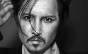 Talented Chinese Make-Up Artist Turns Herself Into Johnny Depp And Other Celebs