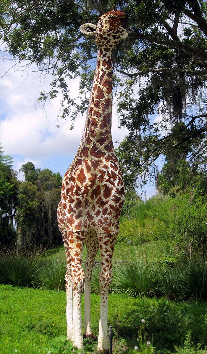 Real Size LEGO Giraffe