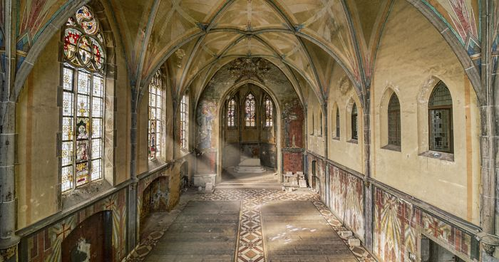 I Captured Light Rays In Abandoned Places Across Europe And