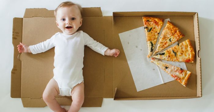 Mom Documents Her Baby's Growth During His First 12 Months Using Pizza Slices With Different Toppings