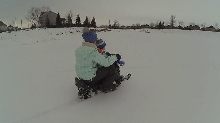 Having Fun With Children In Winter.