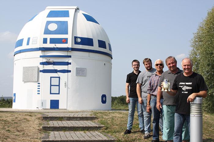 German Professor Who Is A Hardcore Star Wars Fan Has Just Repainted An Observatory Into R2-D2