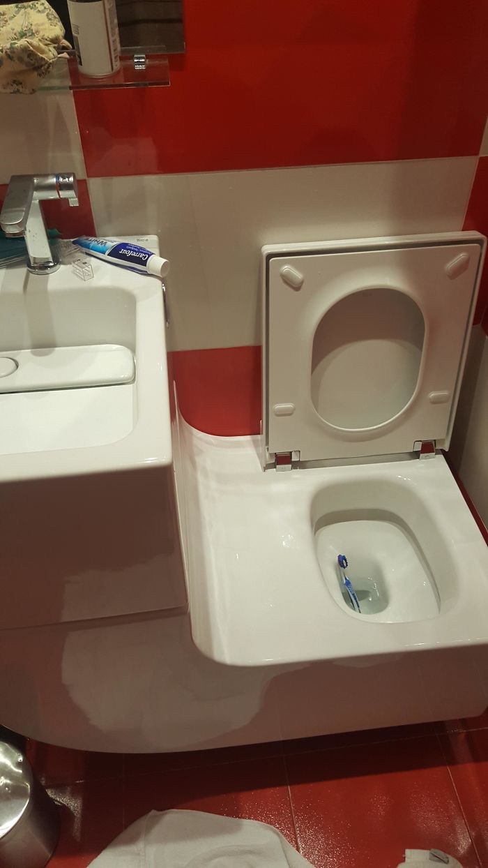 Sink Attached To The Toilet, Forming A Perfect Slide