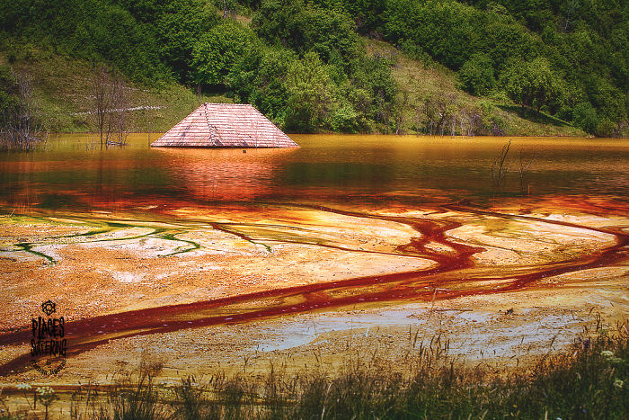 Geamana Lake- Amalgam Of Lively Colors That Flood A Dead Land