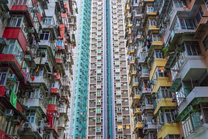 Brazilian Photographer Captures The Dense Architecture Of Hong Kong