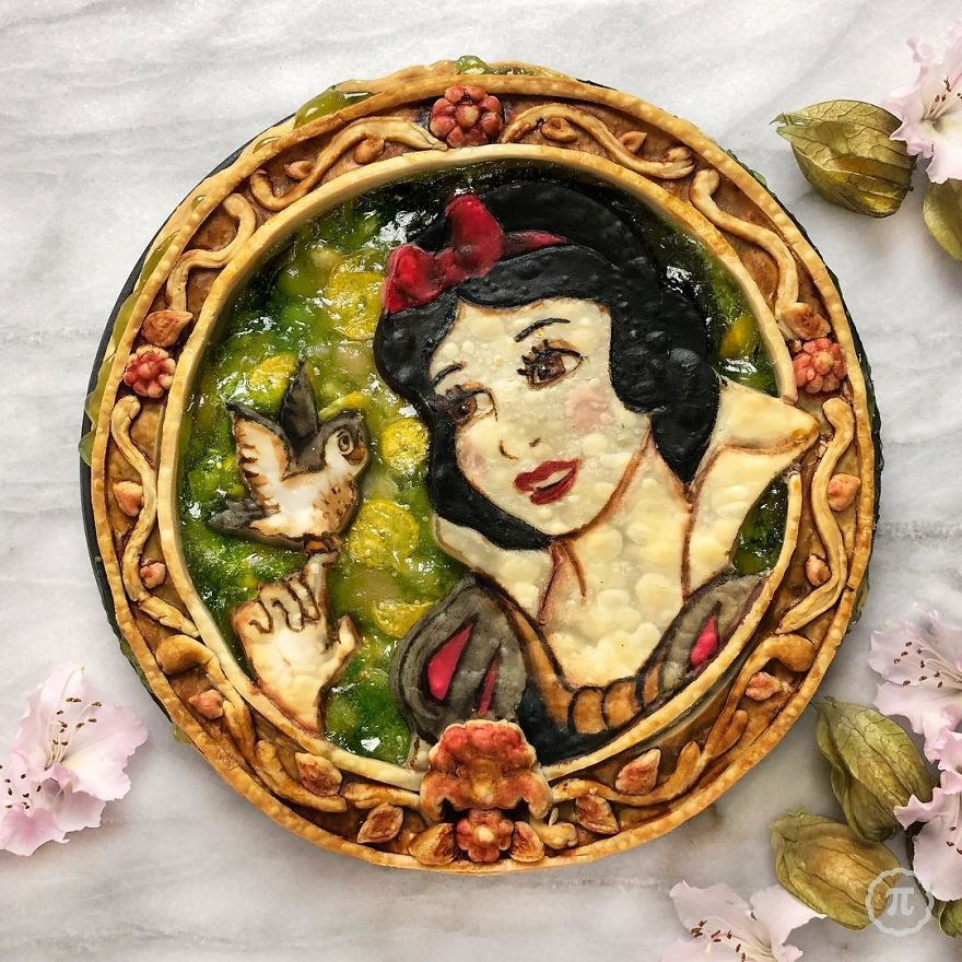 Snow White Gooseberry Apple Pie