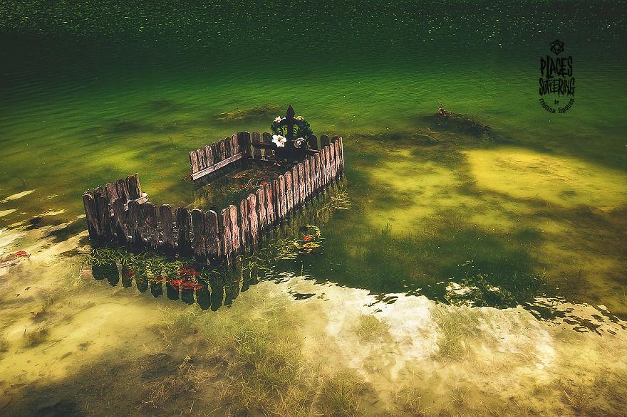 Geamana Lake- Amalgam Of Lively Colors That Flood A Dead Land