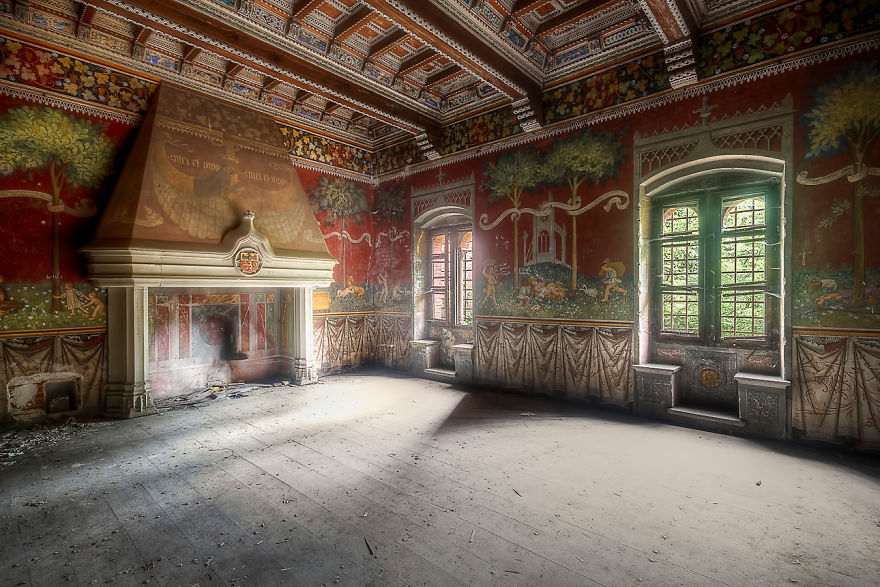 Castle Room In Red