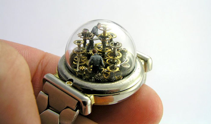 This Artist Turns Old Pocket Watches Into Miniature Worlds, And The Result Is Fascinating (28 Pics)