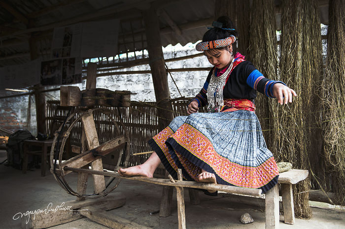 The H'mong Women And The Weaving Of Linen In Lung Tam – Quan Ba – Ha Giang