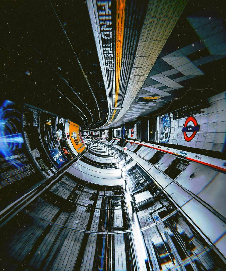 Turn Around The London Tube And You'll Design Spaceships
