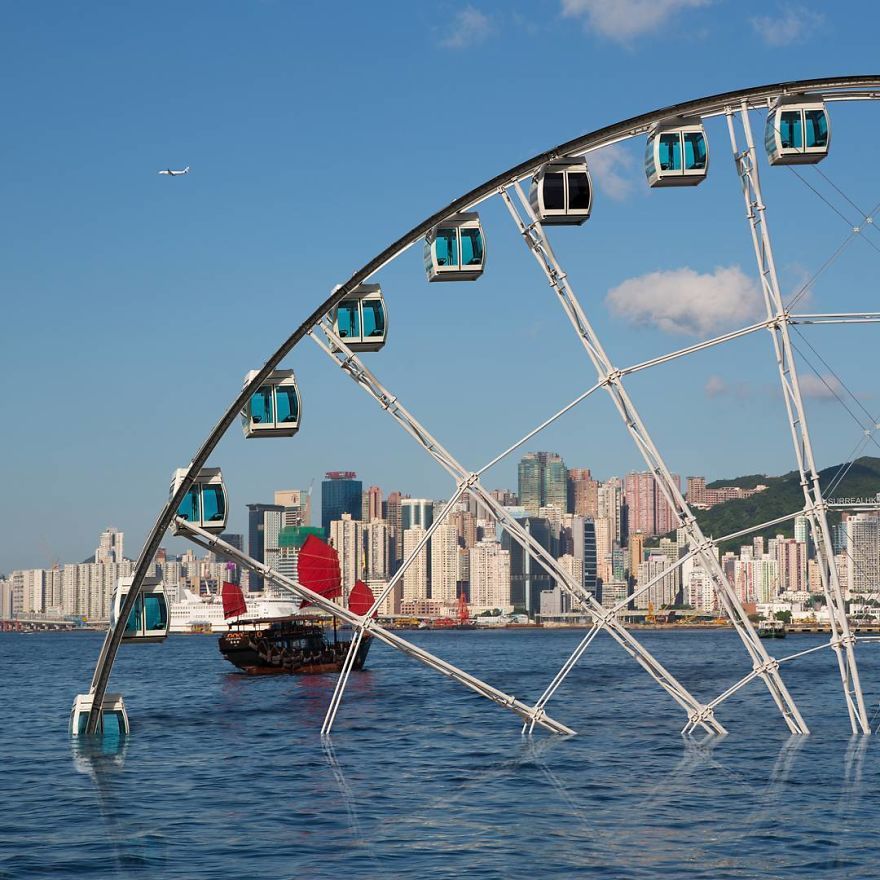 Take A Closer Look Of Victoria Harbour On Hong Kong Observation Wheel