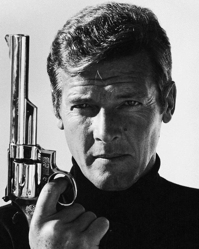 Roger Moore, 1973