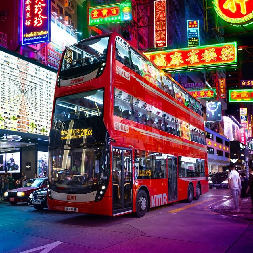 The New Triple-Decker Bus Is Now On Service! Do You Dare?