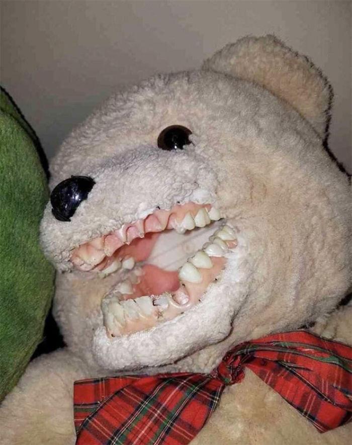 Creepy-Educational-Dentist-Toys
