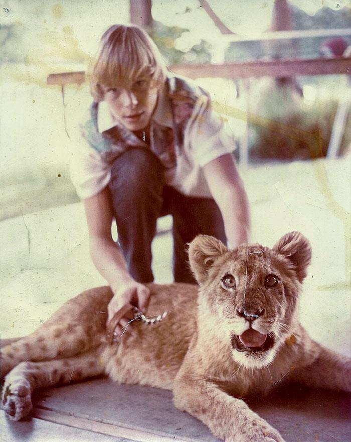 Mi padre y su leona Priscilla, California años 70