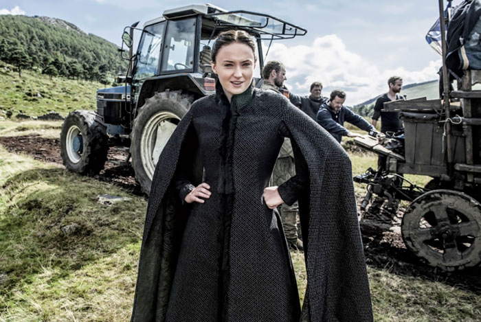 Sophie Turner Behind The Scenes Of Season 5