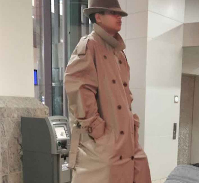 fbaff0025 These Kids Dressed Up As A Man In A Trench Coat And Twitter Can't Handle It  | Bored Panda