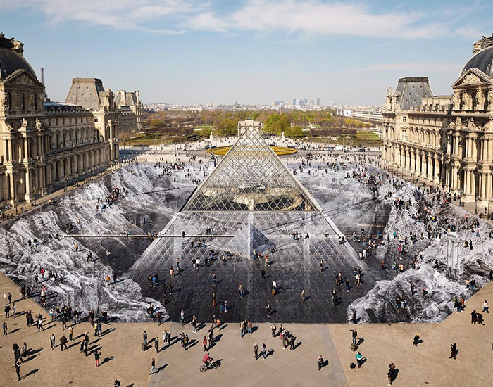 Artist Creates Incredible Optical Illusion At The Louvre So It Could Be Destroyed In A Couple Of Days