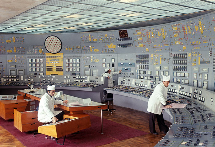 23 Oddly Satisfying Soviet-Era Control Rooms