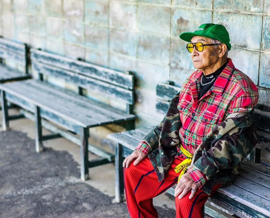 84 Year Old Grandpa Is Being Viral With His Totally Fashion Photo Shoots On Instagram