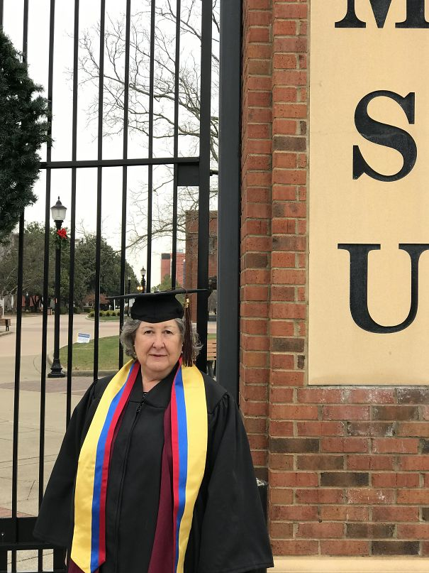 My 69-Year-Old Mom Graduated From Murray State University In Kentucky