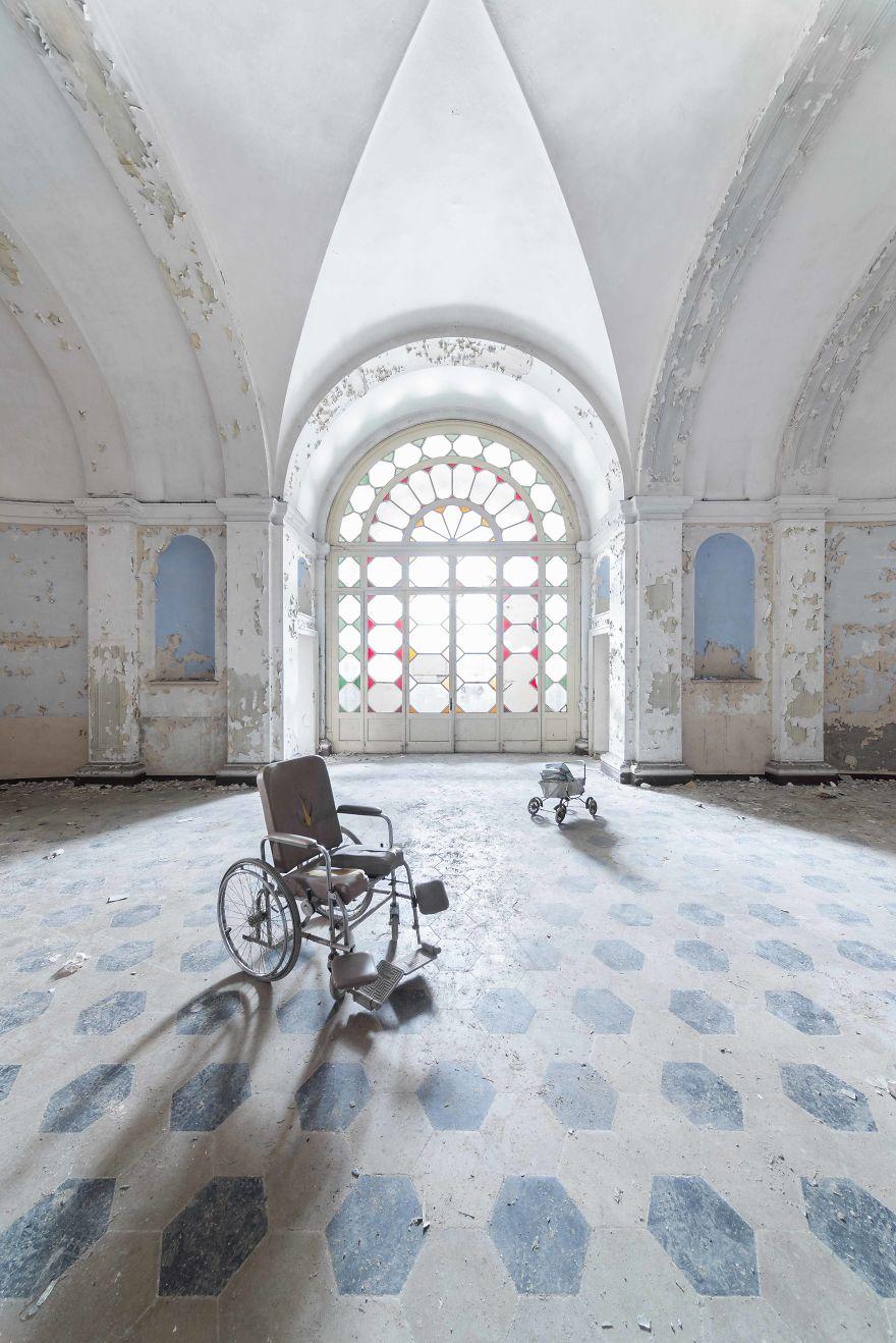 Psychiatric Hospital, Italy