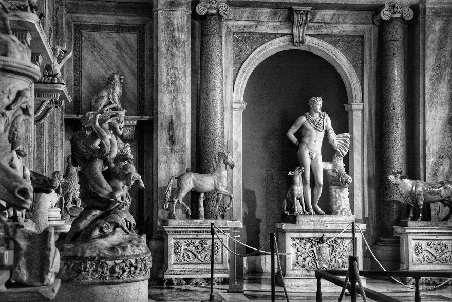 Marvelous Sculptures In The Vatican Museum