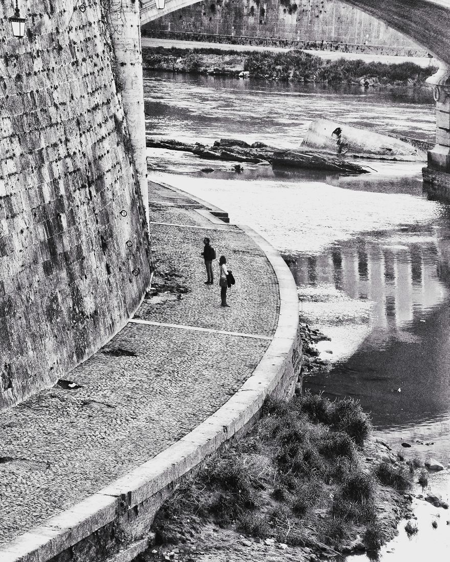 Tiber, Curves And Reflections