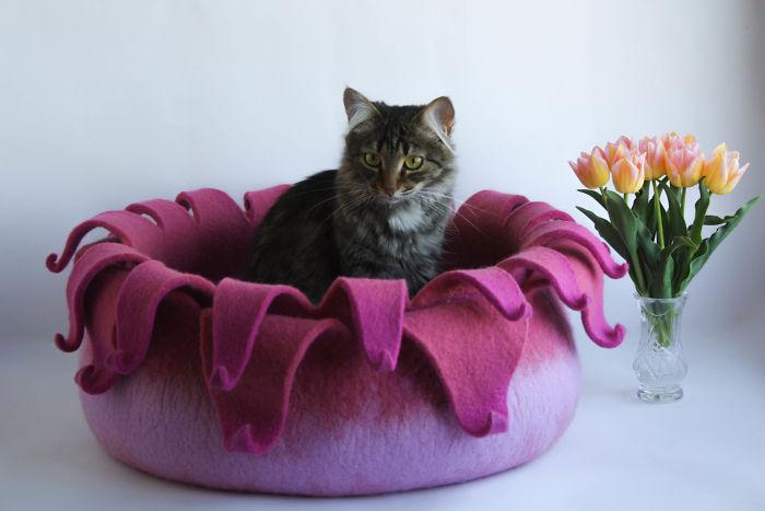 Flower Cat Bed