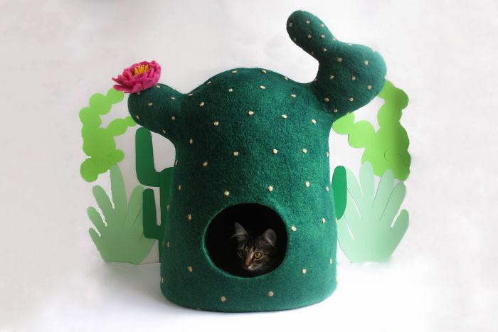 Cactus Cat Bed