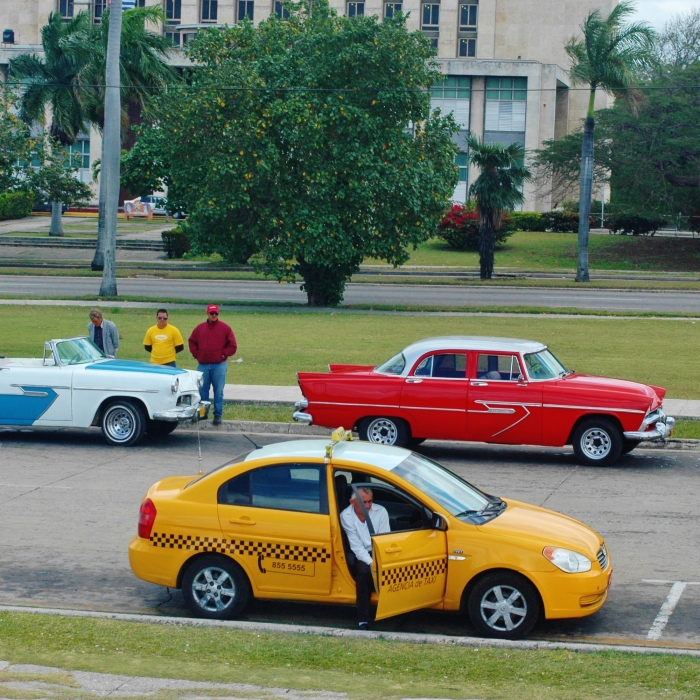 I Went To Havana And Took Pictures Of The Clash Between Touristic Cuba And Cuba We Normally Don't See