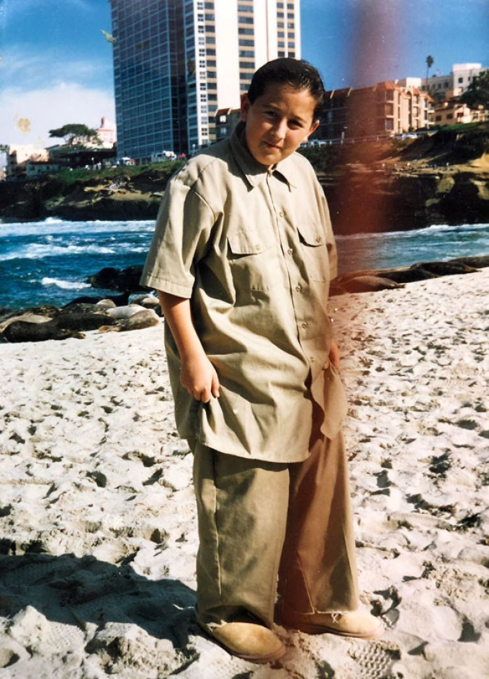 Uggs On The Beach, Check. Size 60 Khaki Dickies With Matching 2XL Khaki Shirt, Also Check. I Was The King Of 7th Grade