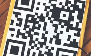 Teen Puts QR Code On Her Graduation Cap That Opens Up A List Of School Shooting Victims When You Try To Photograph It