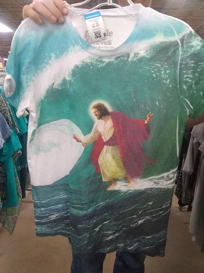 People-Share-Weird-Thrift-Store-Finds