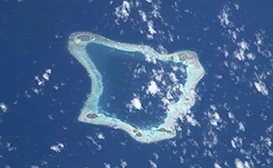 This Town In The Middle Of The Pacific Ocean Has 62 People Living There That Are Descendants Of One Man