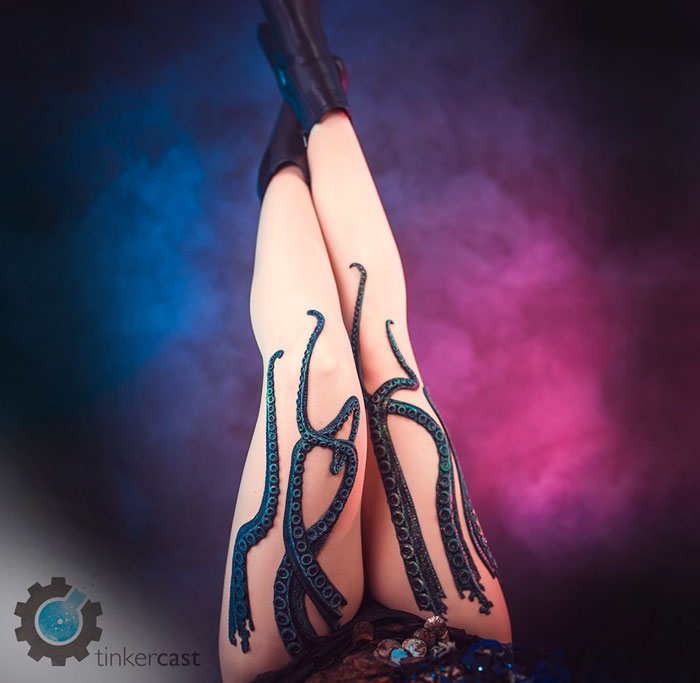Seller Puts Up Tentacle Leggings On His ETSY, And They Sell Out Like Water In A Desert