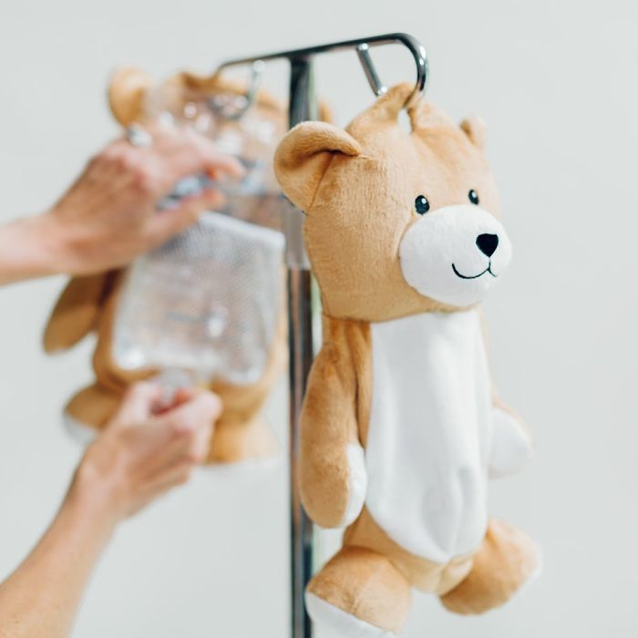 Girl With Rare Disorder Creates Cute Teddy Bears That Hide IV Bags For Kid Patients