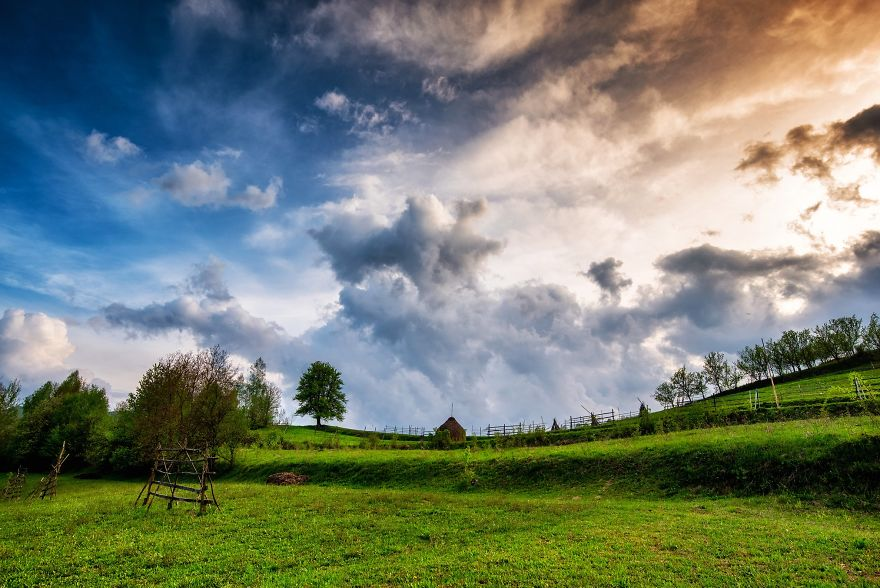 I Photographed The Romanian Countryside