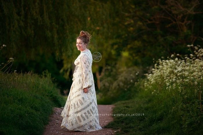 ashleigh sheaa photography The Travelling Dress Collective