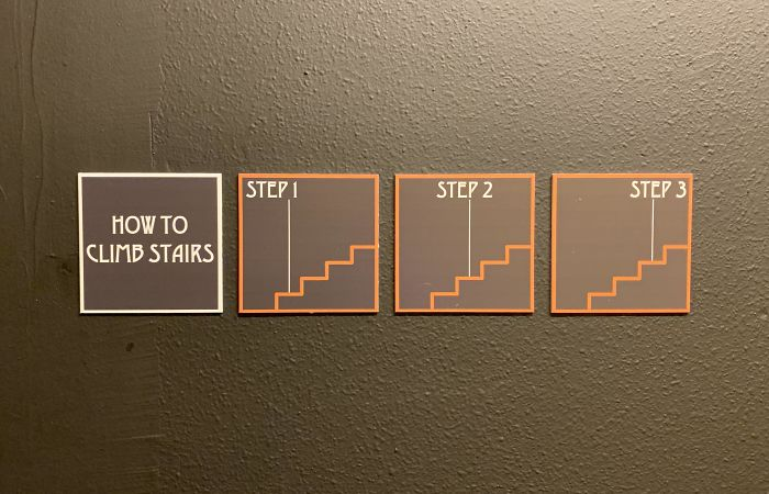 A Hotel's Reminder On How To Climb Stairs