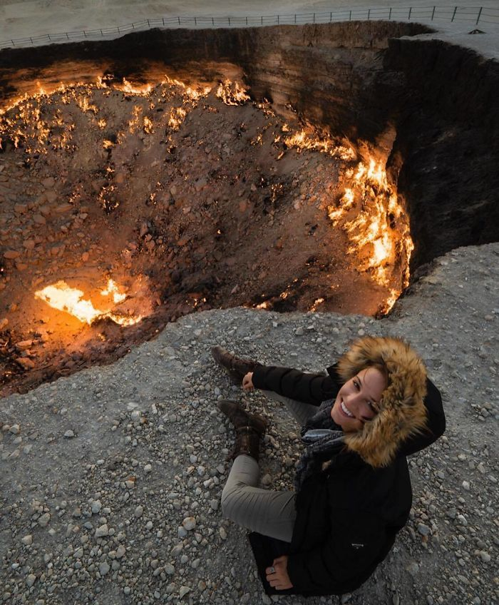 "Darvaza Gas Crater, ""Gates Of Hell"", Turkmenistan"