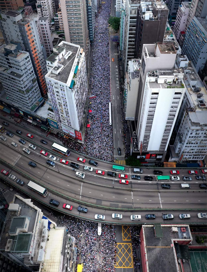 14 Pics From The Massive Protests In Hong Kong That