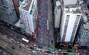 14 Fotos de las protestas masivas en Hong Kong que ilustran el respeto y disciplina de la gente