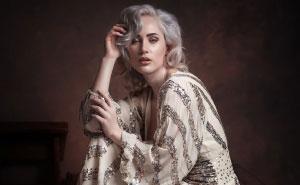 El aspecto de un solo vestido fotografiado en distintas modelos por 11 fotógrafos