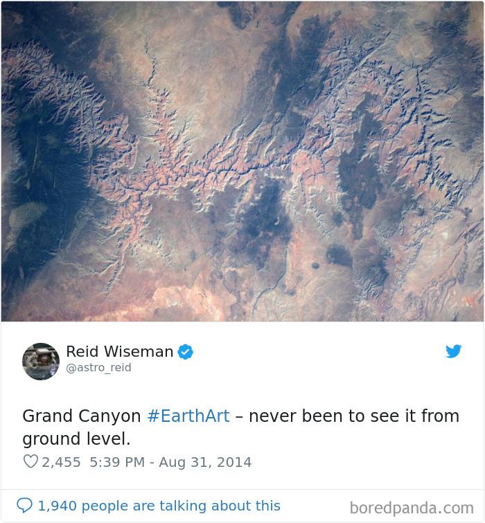 Astronaut Photo Tweet